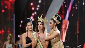 Huyền My trượt top 5, người đẹp Peru đăng quang Hoa hậu Hòa bình Thế giới 2017