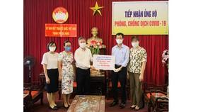 Sở TT-TT TP Đà Nẵng tiếp nhận 500 triệu đồng từ Công ty Cổ phần Đầu tư Danh Khôi Holdings (TPHCM)