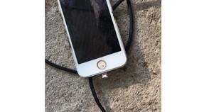 Điện thoại phát nổ khi đang sạc, nam thanh niên tử vong