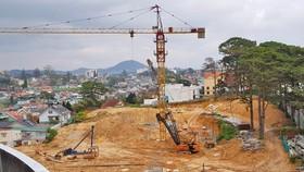 Khách sạn tiêu chuẩn 5 sao xây dựng không phép ở Đà Lạt