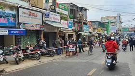 Sạt lở nền đất, di dời khẩn cấp 4 hộ dân giữa trung tâm Đà Lạt