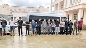 Khởi tố, bắt giam 13 đối tượng xông vào khách sạn chém 2 người trọng thương