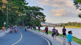 Lâm Đồng: Dừng thể dục nơi công cộng và các dịch vụ không thiết yếu