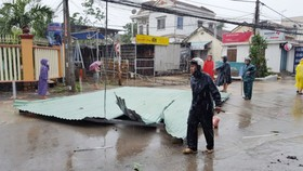 Bão số 12 gây thiệt hại nặng nề cho người dân tỉnh Khánh Hòa