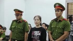 """Blogger """"Mẹ Nấm"""" bị tuyên y án 10 năm tù"""