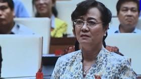 Đại biểu Nguyễn Thị Quyết Tâm lặng người, rớt nước mắt tại nghị trường Quốc hội