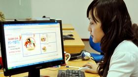 Hơn 11.000 gian hàng online bị gỡ bỏ vì bán đắt hoặc không phù hợp