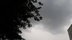 Xuất hiện nhiễu động gió Đông ở Nam bộ