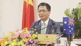 Bộ trưởng công thương Việt Nam hội đàm trực tuyến với Australia và Hoa Kỳ về vấn đề gì?