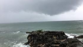 Sau 4 ngày nữa, miền Nam mưa gió gia tăng