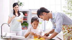 Không phải đàn ông nào cũng vào bếp giúp vợ. Ảnh chỉ mang tính minh họa