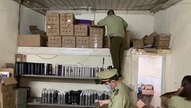 Thuê phòng trọ bán 50.000 mỹ phẩm trôi nổi cho sinh viên