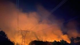 Cháy rừng ở Huế, cắt tải khẩn cấp bảo vệ đường dây 500kV Bắc - Nam