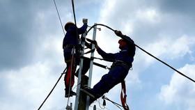 Việt Nam tiếp tục mua điện từ Lào