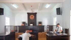 Chủ tọa ngăn cản phóng viên tác nghiệp tại một phiên tòa công khai