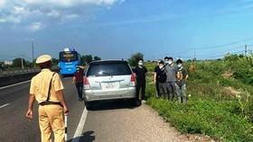 6 người Trung Quốc nghi nhập cảnh trái phép bị lực lượng chức năng tỉnh Bình Thuận phát hiện.