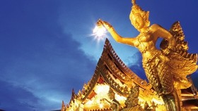 Many foreigners are keen to visit Thailand on the Lunar New Year holiday, according to the Thai Tourism and Sports Minister (Photo: thaiembassy.org)