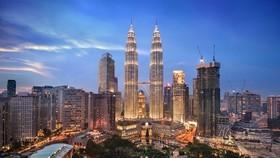A corner of Kuala Lumpur (Source: thecrazytourist.com)