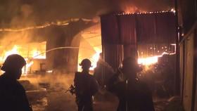 Cháy cơ sở mộc khu vực tổ 1, ấp 1, xã Đông Thạnh, huyện Hóc Môn ngày 17-2