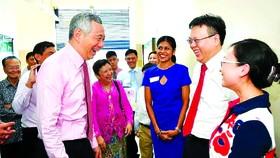 Thủ tướng Singapore Lý Hiển Long trong cuộc gặp gỡ  công dân mới của Singapore vào tháng 5-2017
