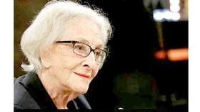 Nữ nhà thơ Uruguay giành Giải thưởng Văn học Cervantes