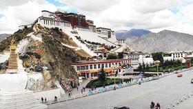 Tây Tạng đón du khách kỷ lục trong năm 2018