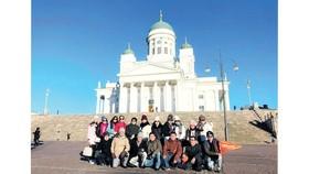 Đoàn khách TST tourist du ngoạn châu Âu