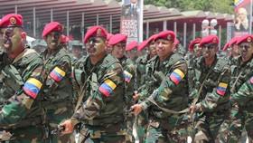 Các binh sỹ quân đội Venezuela. Ảnh: AFP/TTXVN