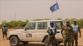 Các binh sĩ Phái bộ gìn giữ hòa bình của LHQ tại Nam Sudan tuần tra tại Leer, Nam Sudan. Ảnh tư liệu: AFP/TTXVN