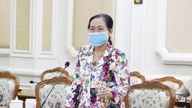 Đồng chí Nguyễn Thị Lệ phát biểu tại buổi làm việc