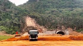 Đơn vị nhà thầu thi công một đoạn tuyến cao tốc Bắc-Nam phía Đông. Ảnh: Vietnam+