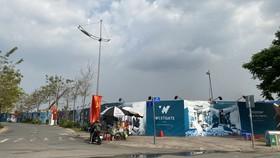 Dự án Westgate nằm tại trung tâm huyện Bình Chánh, đang bán căn hộ trực tuyến  (Hình chụp thời điểm TPHCM chưa thực hiện Chỉ thị 16)