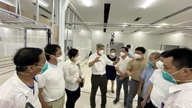 Khẩn trương hoàn thành các trung tâm hồi sức tích cực tại TPHCM, tiếp sức cho các y, bác sĩ chống dịch