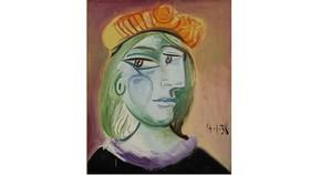 Bức họa Femme au Béret Rouge-Orange của Picasso. Ảnh: Sotheby's