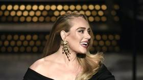 Adele tái xuất với album mới