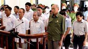 Xét xử 14 bị cáo sai phạm trong quản lý đất đai ở Đồng Tâm