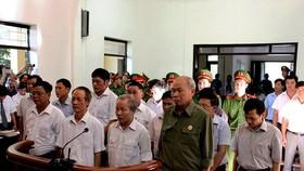 Xét xử 14 bị cáo liên quan vụ đất Đồng Tâm: Đề nghị mức án cao nhất 7-8 năm tù