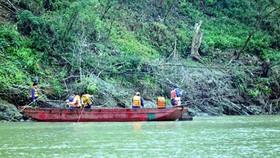 Kinh hoàng 9 công nhân thiệt mạng và mất tích trên sông Hồng