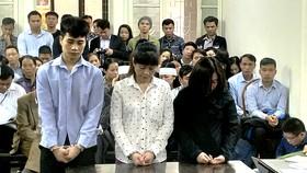 Phạt 23 năm tù 3 bị cáo trong vụ cháy quán karaoke làm 13 người chết