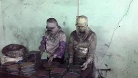 Vụ sản phẩm giả chữa ung thư từ bột than tre: Bắt giám đốc Công ty Vinaca