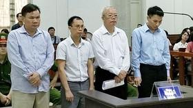 Xét xử vụ án tại PVTEX: Vừa gây thiệt hại, vừa ăn hối lộ