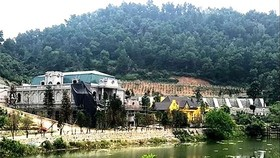 Nhiều công trình xây dựng lấn chiếm vào đất rừng phòng hộ ở Sóc Sơn