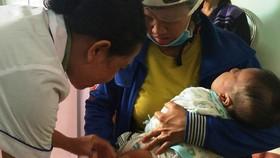 Cơ quan chuyên môn Bộ Y tế nói gì việc nhiều trẻ phản ứng sau tiêm vaccine ComBe Five?