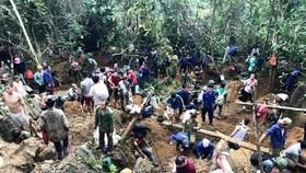 Số người tìm kiếm đá quý tại khu vực núi đá Liễu Đô đã giảm bớt