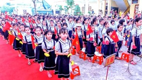 Học phí tiểu học trường công chất lượng cao tại Hà Nội tăng tới 5,5 triệu/tháng