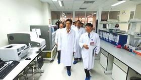 Dịch viêm phổi cấp do chủng virus Corona mới cận kề - Việt Nam dồn sức ngăn chặn