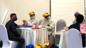Hà Nội yêu cầu rà soát tất cả người nhập cảnh, lấy mẫu xét nghiệm SARS-CoV-2