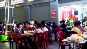 Dịch Covid-19 ở Hà Nội lây nhiễm thứ phát, người dân vẫn thờ ơ