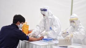 Một nam thanh niên ở Hà Nội tái dương tính SARS-CoV-2 tiếp xúc 25 người