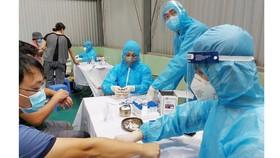 Bộ trưởng yêu cầu các đơn vị y tế dự phòng chuẩn bị kế hoạch xét nghiệm trên diện rộng khi có yêu cầu về phòng chống dịch